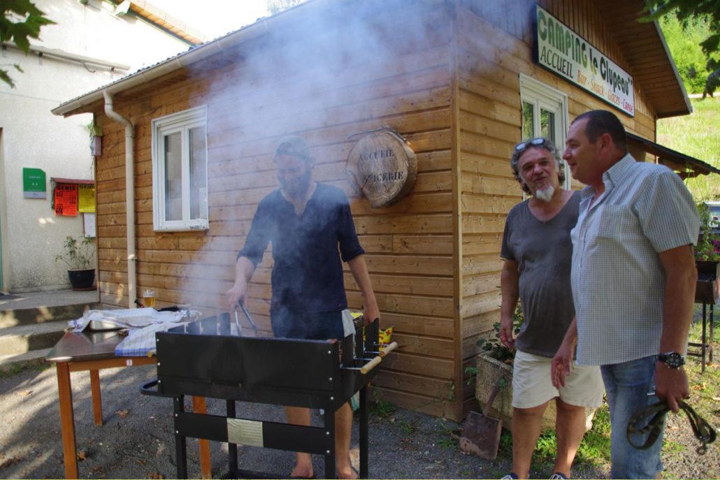 Barbecue au camping Le Clupeau