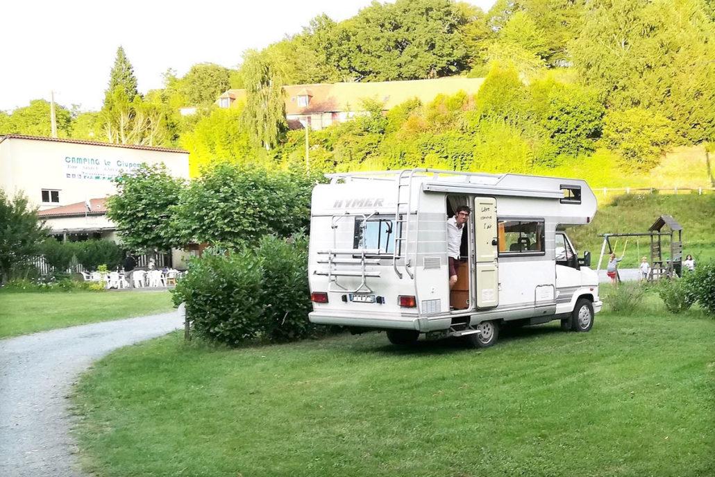 Camping car HYMER au camping Le Clupeau