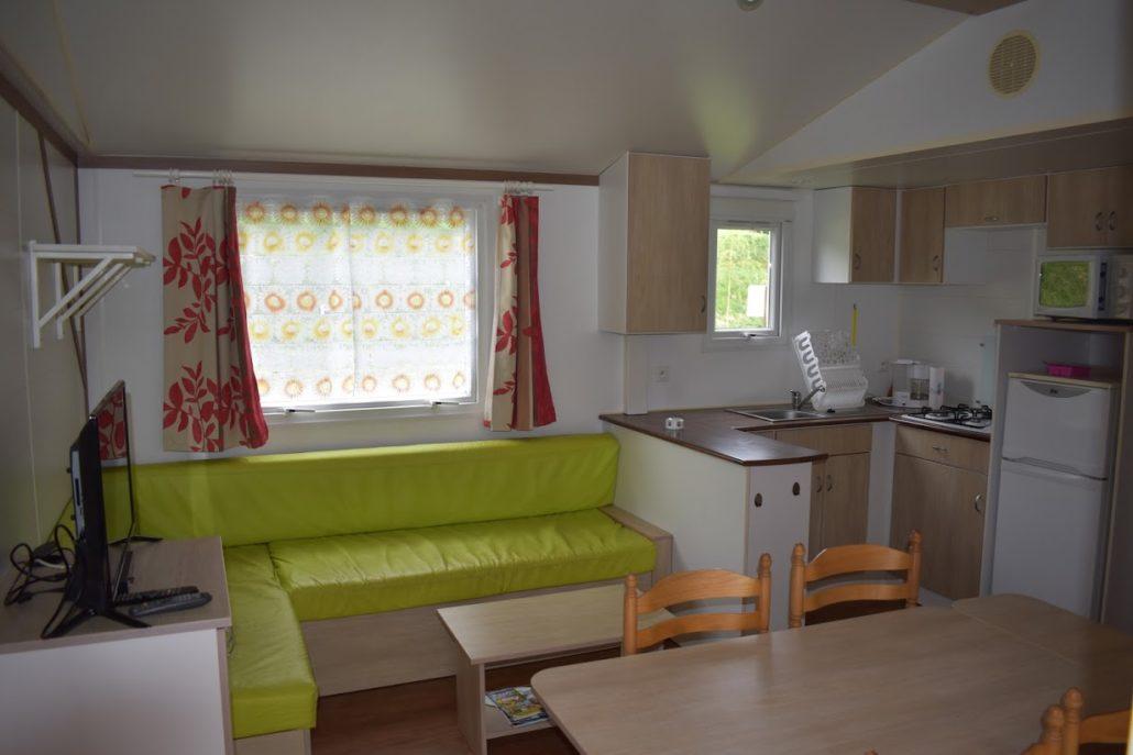 Mobil-home de 3 chambres au camping Le Clupeau